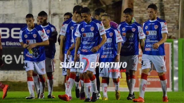 Atlético Paraná mostró poco y perdió ante Douglas Haig en Pergamino