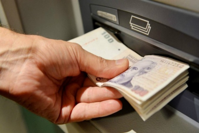 Este martes comienza el cronograma de pagos para estatales y jubilados