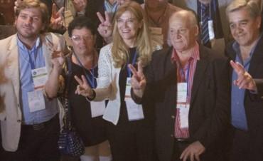 Sin intendentes de Cambiemos, Magario fue elegida como nueva presidenta de la FAM