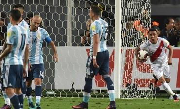 Argentina empató ante Perú en Lima y quedó en zona de Repechaje