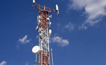 Aseguran que es baja la radiación de antenas móviles
