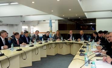Bordet impulsa junto a otros gobernadores la transferencia directa de recursos