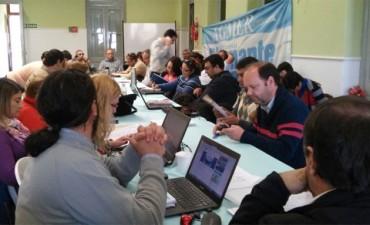 Secretarios generales de Agmer definen hoy cómo continúan los reclamos docentes