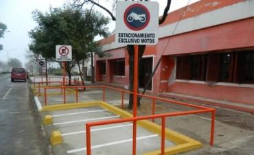 Proponen construir Dársenas para estacionamiento de Motovehiculos.