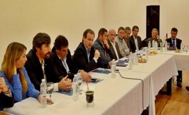 Bordet confirmó a intendentes del PJ en dos semanas va por el primer financiamiento internacional