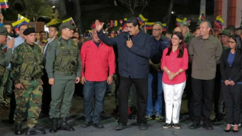 Elecciones en Venezuela: El chavismo triunfó en 17 estados. Victoria rotunda