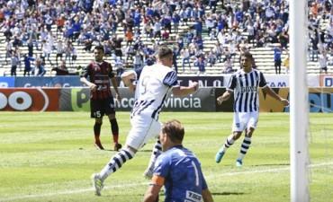 Patronato cortó la racha en Córdoba y perdió frente a Talleres en la Superliga