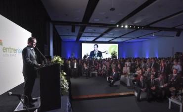 El gobernador inauguró el centro de convenciones más grande del Litoral