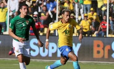 Un Brasil relajado mereció más que el empate en La Paz