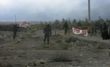 Caso Santiago Maldonado: agujeros negros en el relato de los ocho minutos fatales