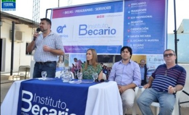 ACTO DEL INSTITUTO BECARIO EN FEDERAL