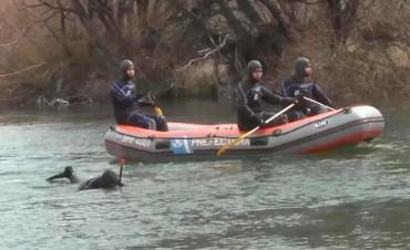 Revelan que cuerpo hallado en río Chubut tenía DNI de Maldonado en un bolsillo