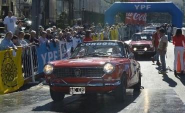Se largó el XV Gran Premio Argentino Histórico.