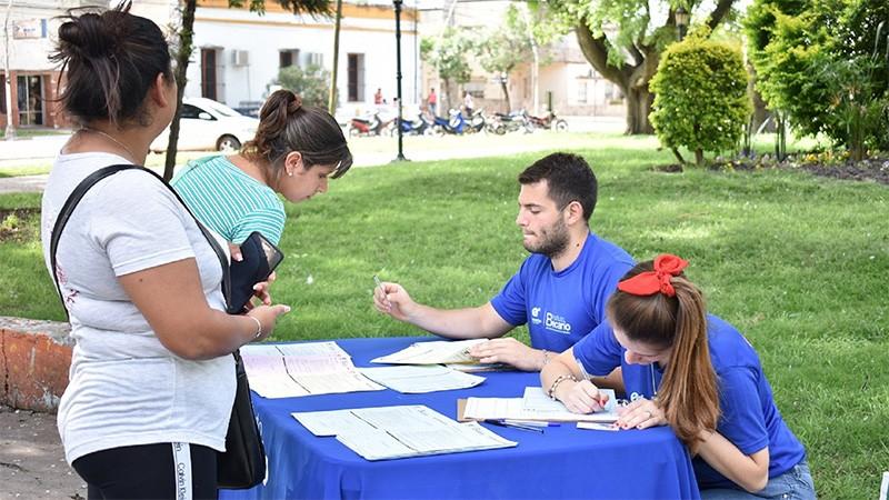 Comienza la distribución de solicitudes para la beca secundaria 2019