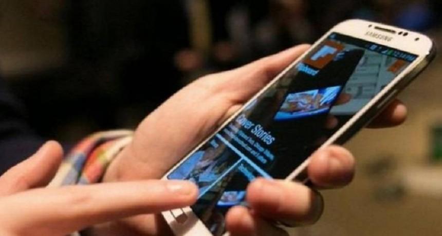 Los abonos de celulares aumentan por tercera vez en el año