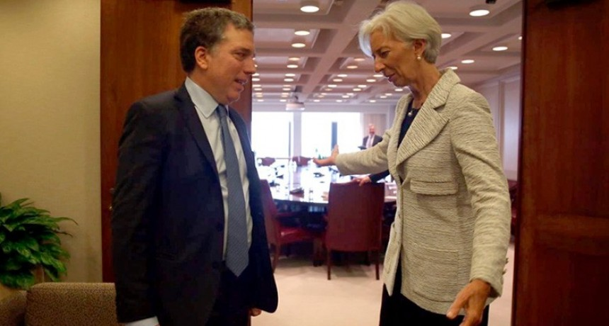 El FMI prevé 40% de inflación para este año en Argentina y más recesión