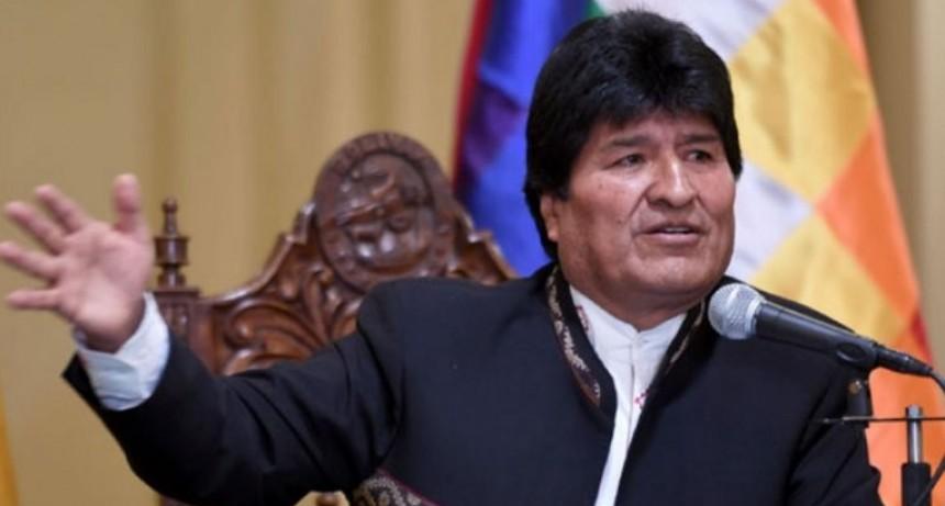 Creció la economía de Bolivia y Evo Morales pagará doble aguinaldo
