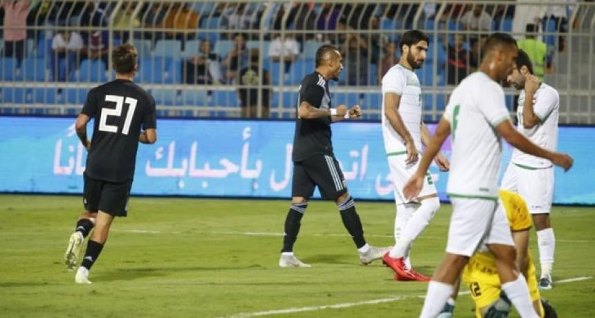 Argentina derrotó con comodidad a Irak en el primer cotejo de la gira