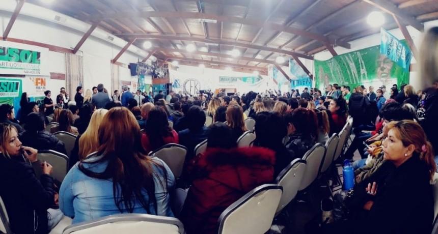 Urribarri encabezó el lanzamiento de Unidad Ciudadana en Neuquén