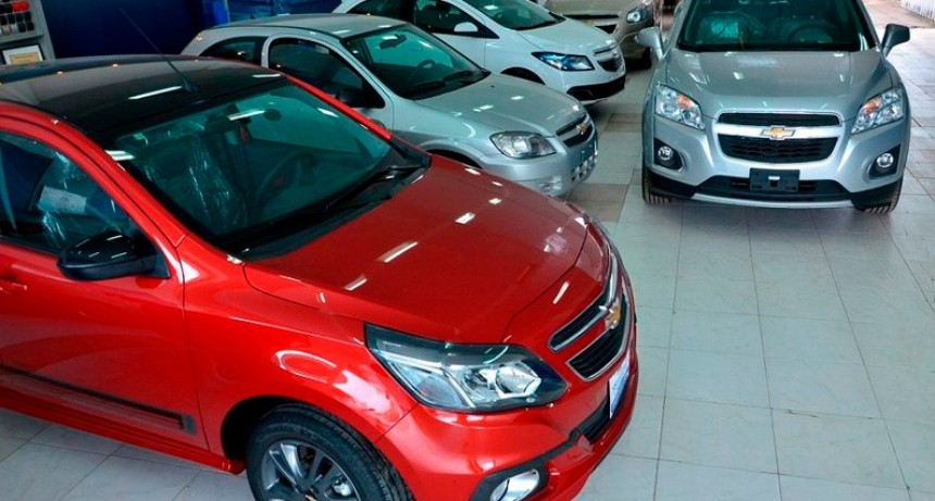 Caen los patentamientos de autos y se desploman los planes de ahorro