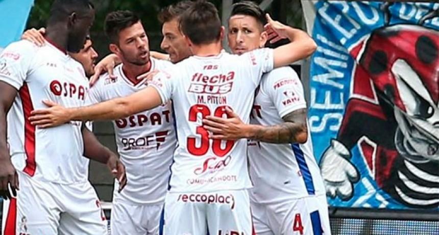 La tabla de la Superliga: Racing perdió el invicto en Tucumán y Unión es escolta a dos puntos