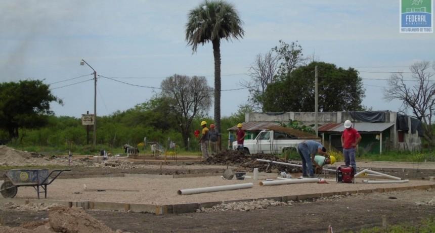 CONTINÚA LA CONSTRUCCIÓN DE VIVIENDAS POR EMERGENCIA HÍDRICA