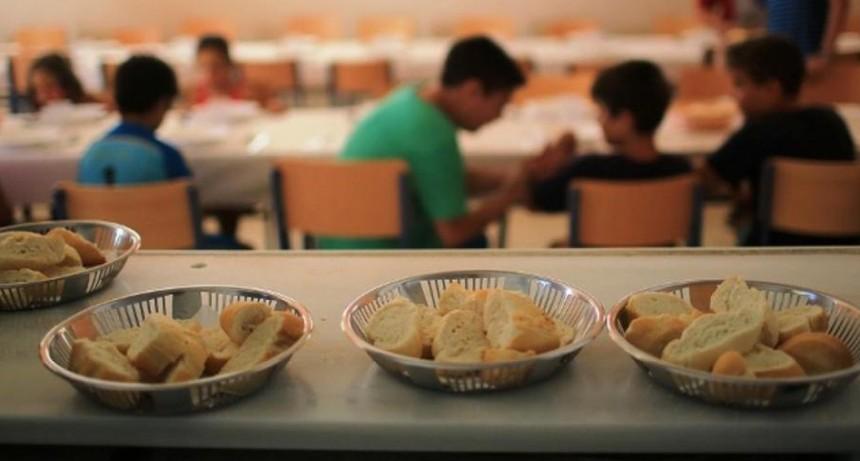 Los comedores escolares abrirán los sábados por la crisis