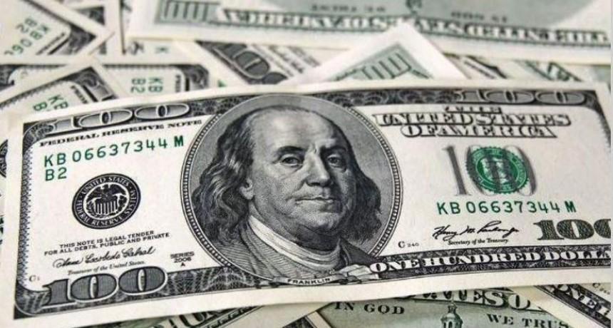 El dólar cerró a $60,10, pese a ventas del Banco Central