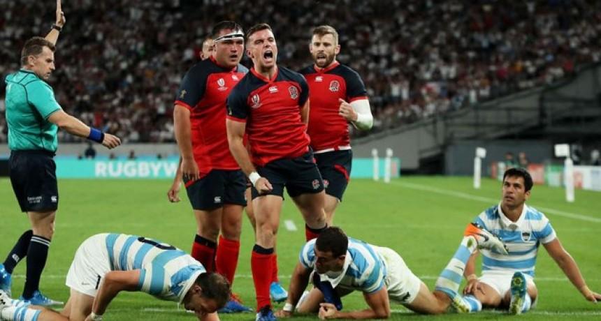 Los Pumas cayeron ante Inglaterra y quedaron con un pie afuera del Mundial