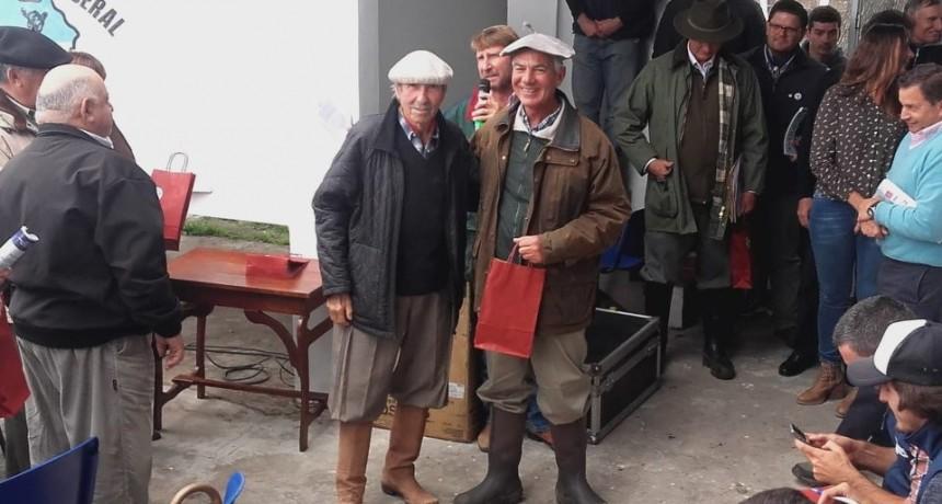 Angus entrerriano realizo su remate anual en la Sociedad Rural de Federal