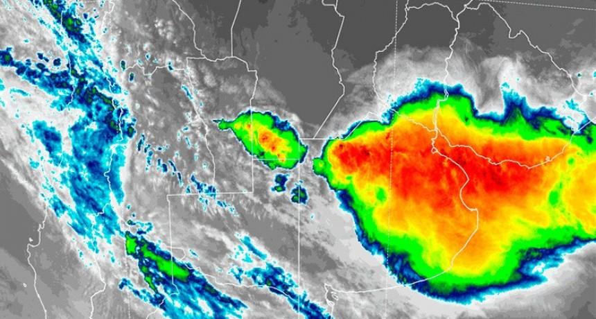 Una zona de Entre Ríos y otras provincias en alerta por tormentas fuertes