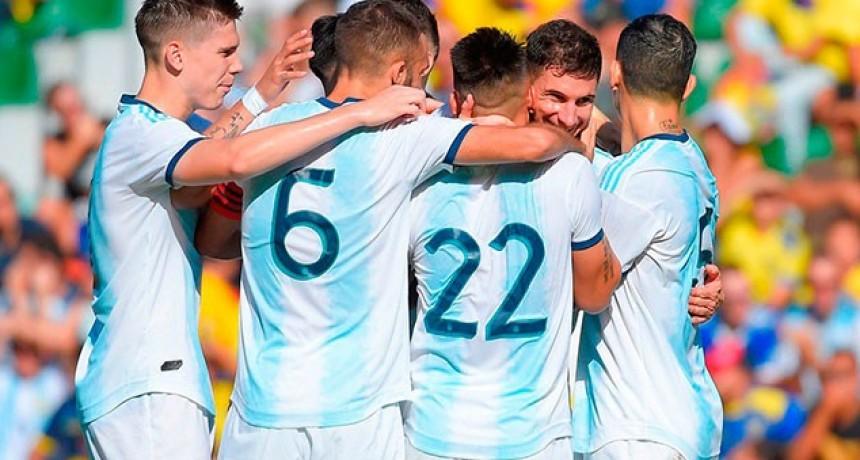 Argentina se impuso con autoridad a Ecuador y lo goleó 6-1 en Alicante