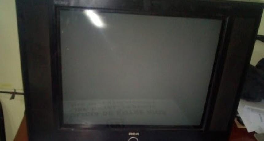 Recuperan televisor que fuera robado