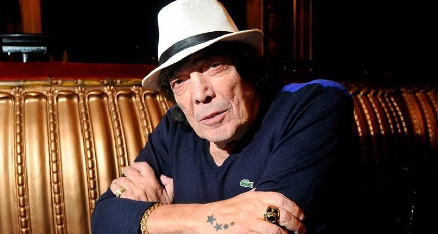 Murió Cacho Castaña: El cantautor tenía 77 años
