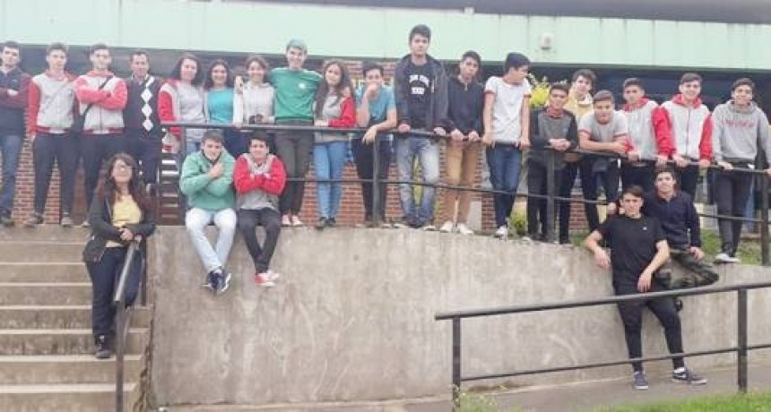 Visita de alumnos de Federal al Centro de interpretación ambiental y Planta de transferencia de residuos