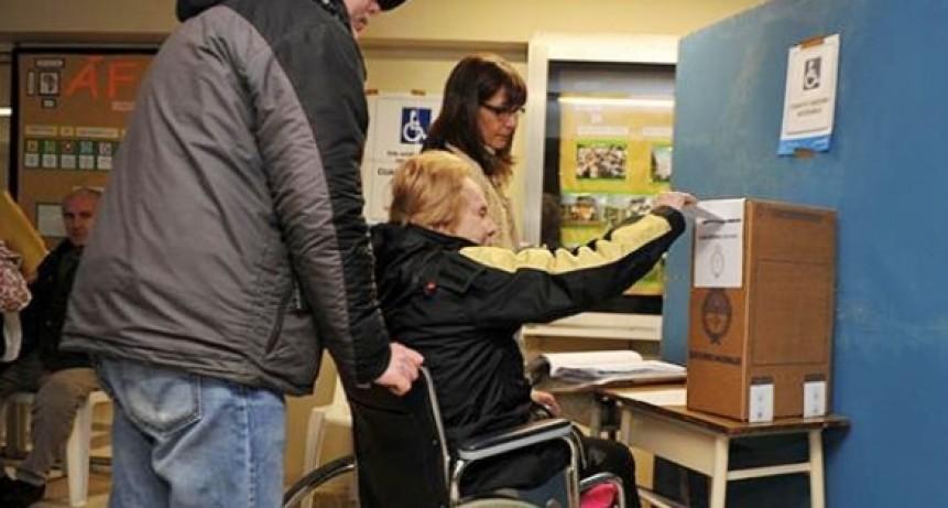 Brindan recomendaciones para la accesibilidad de personas con discapacidad en las elecciones