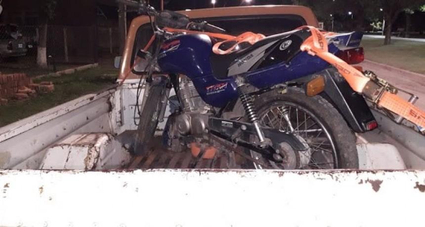 Recuperan  moto que fuera robada