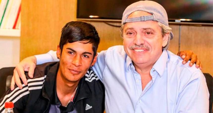 Alberto Fernández recibió al presidente de mesa discriminado por su vestimenta