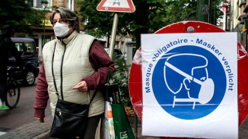 El mundo superó los 34 millones de casos de Covid-19: Países suman restricciones
