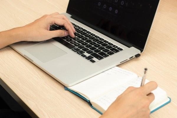 El 40 por ciento de docentes universitarios no califica para el crédito de compra de una computadora