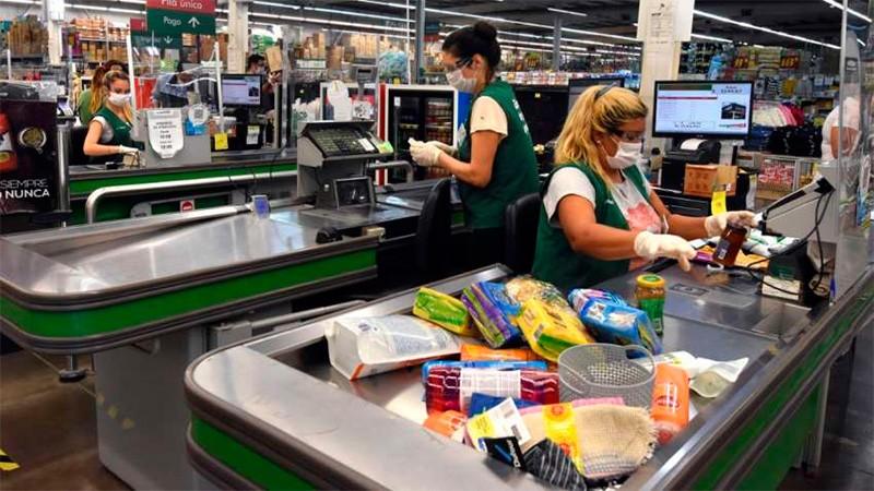 Se firmó la paritaria de comercio para 1,2 millones de empleados: suba de 31%