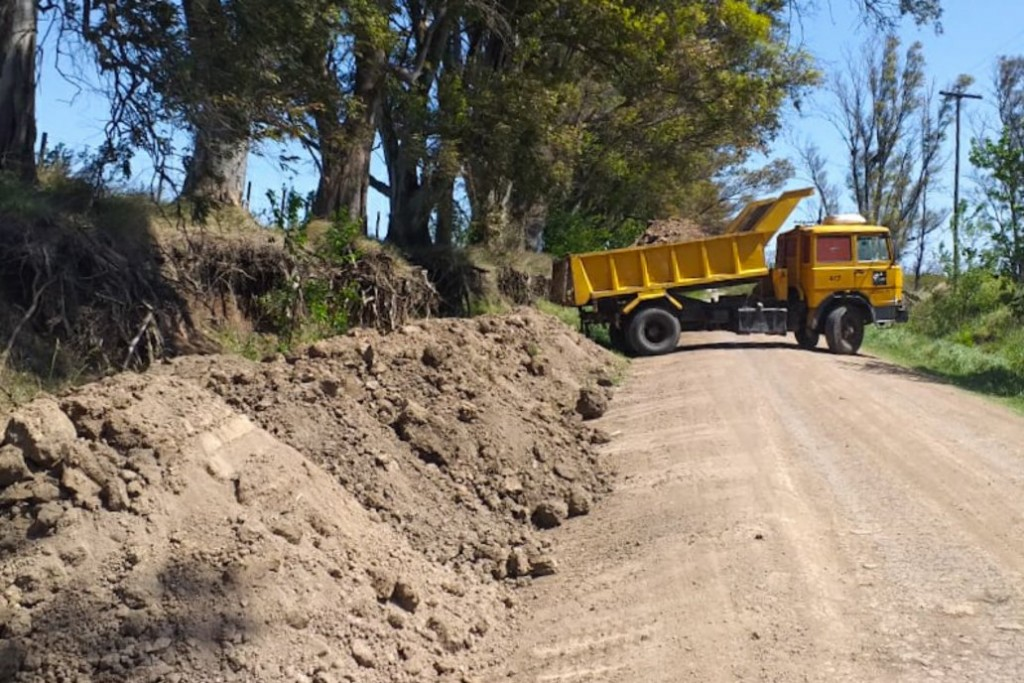 El gobierno provincial implementará un nuevo modelo de mantenimiento para caminos rurales