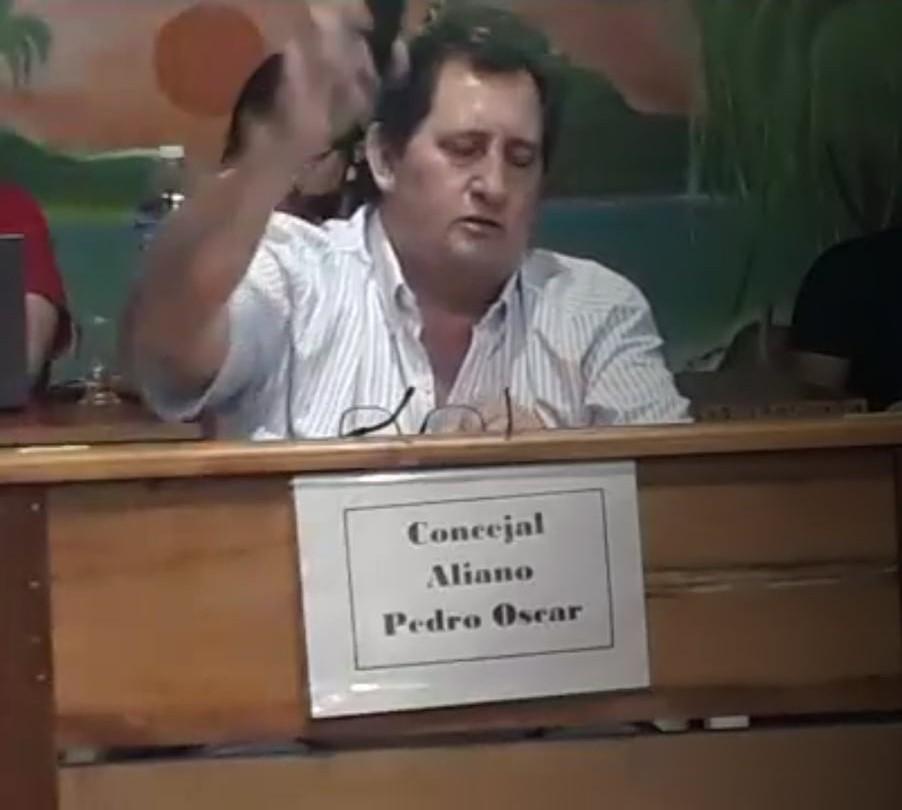 SESIÓN CALIENTE: Aliano denunció intimidaciones y amenazas