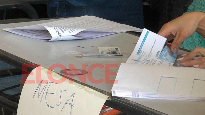 Entre las PASO y las generales, autoridades de mesa cobrarán en total $10.000