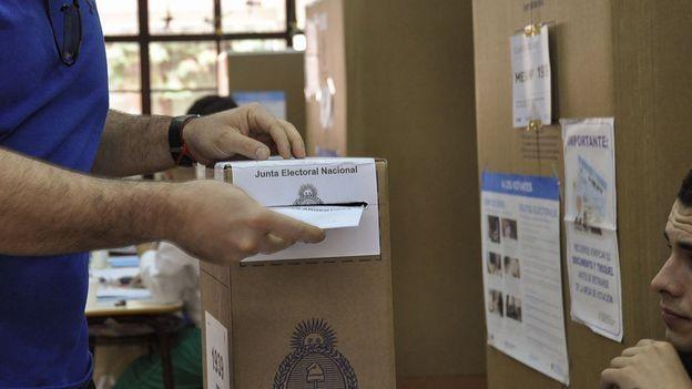 Elecciones 2021: qué pueden votar los extranjeros radicados en argentina