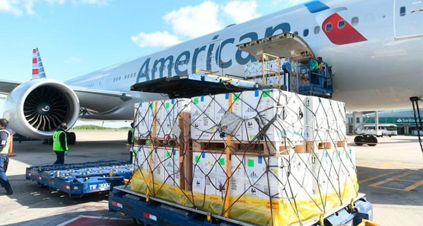 Coronavirus: llegó un vuelo con 848.250 dosis más de la vacuna Pfizer