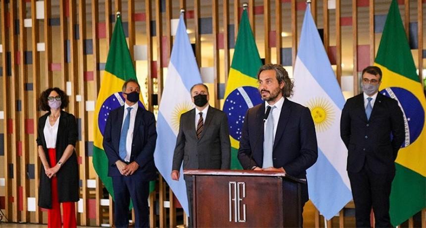 Mercosur: Argentina y Brasil acordaron reducir 10% el arancel externo común