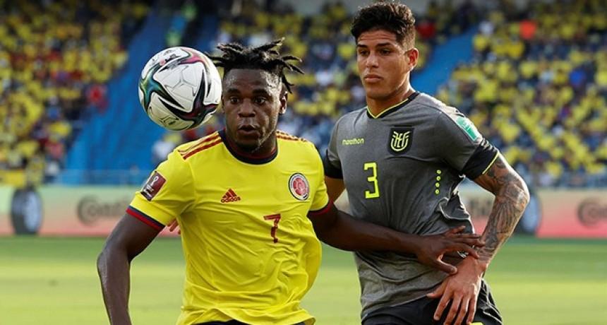 En un polémico final, Colombia y Ecuador empataron sin goles por la fecha 12