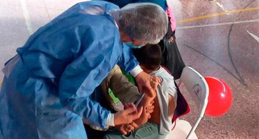 Vacunación en niños: se alcanzó el 10% de la población objetivo