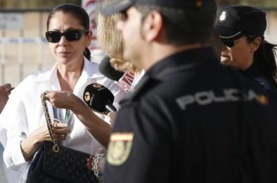 Igual que en Argentina: la cantante española Isabel Pantoja  presa por corrupción